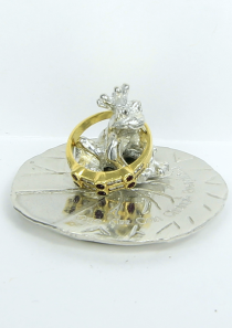 One Kiss Frog Prince Ring Holder