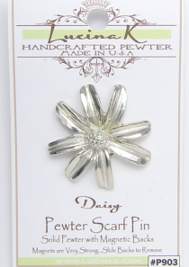 Daisy Magnetic Scarf Pin